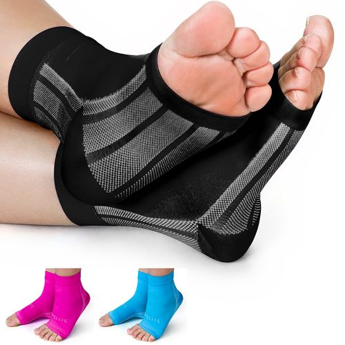 Elite x-sleeves compression socks. best for athletes in the USA. black color.